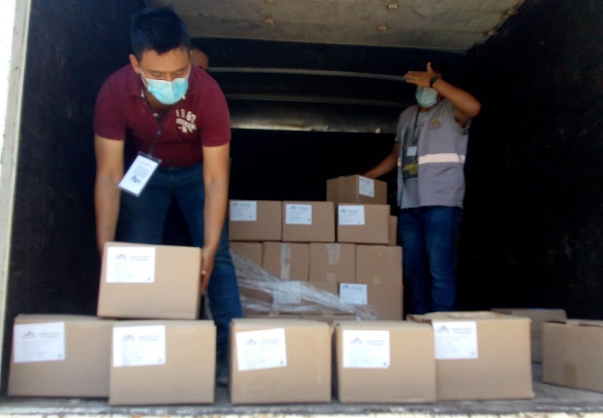 Boletas electorales llegando a Altamira