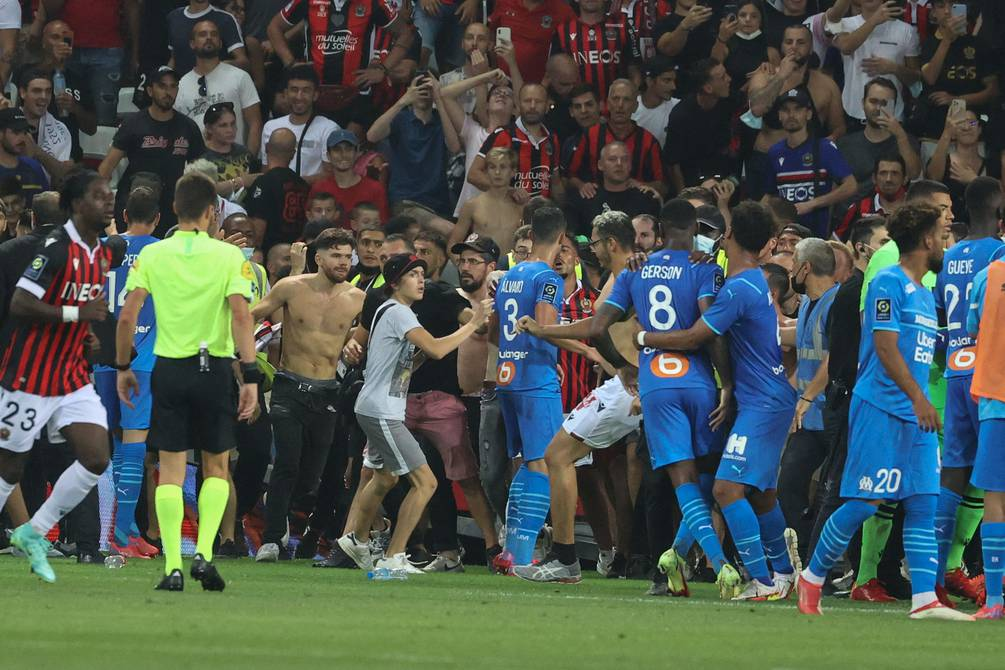 Aficionados del Niza atacaron a jugadores del Marsella