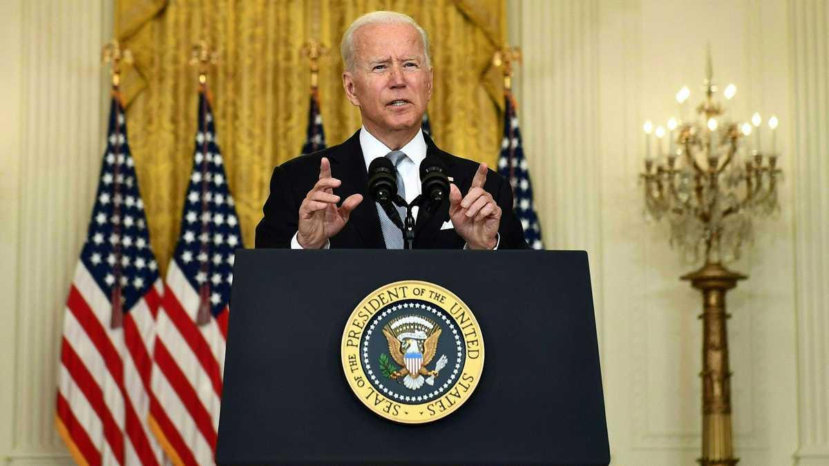 """El presidente de EE.UU. , Joe Biden, afirmó que no perdonará a los autores de los atentados en Kabul, a quienes """"perseguirá y los hará pagar"""""""
