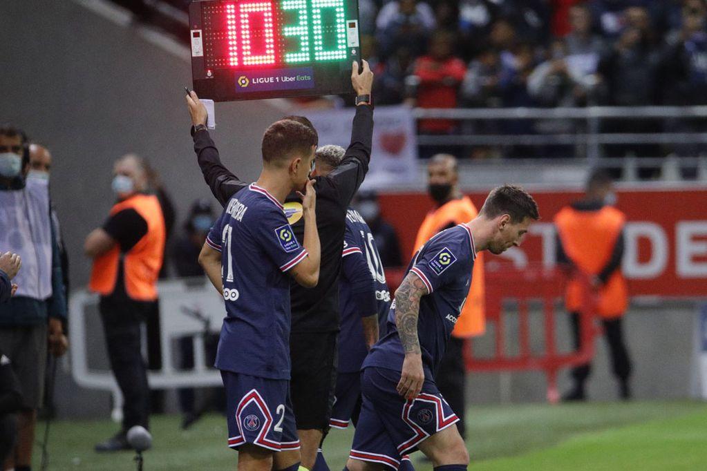Lionel Messi debutó con el Paris-Saint Germain