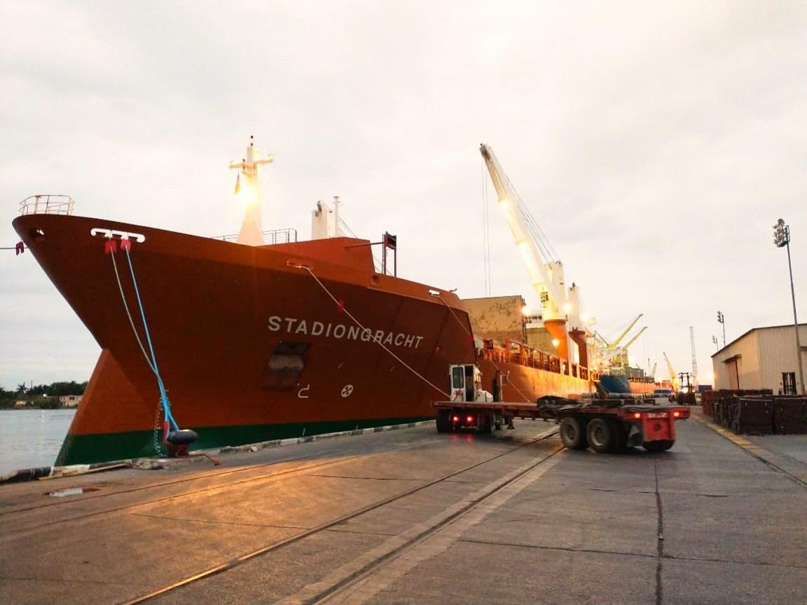 Movimiento de carga en puerto Tampico