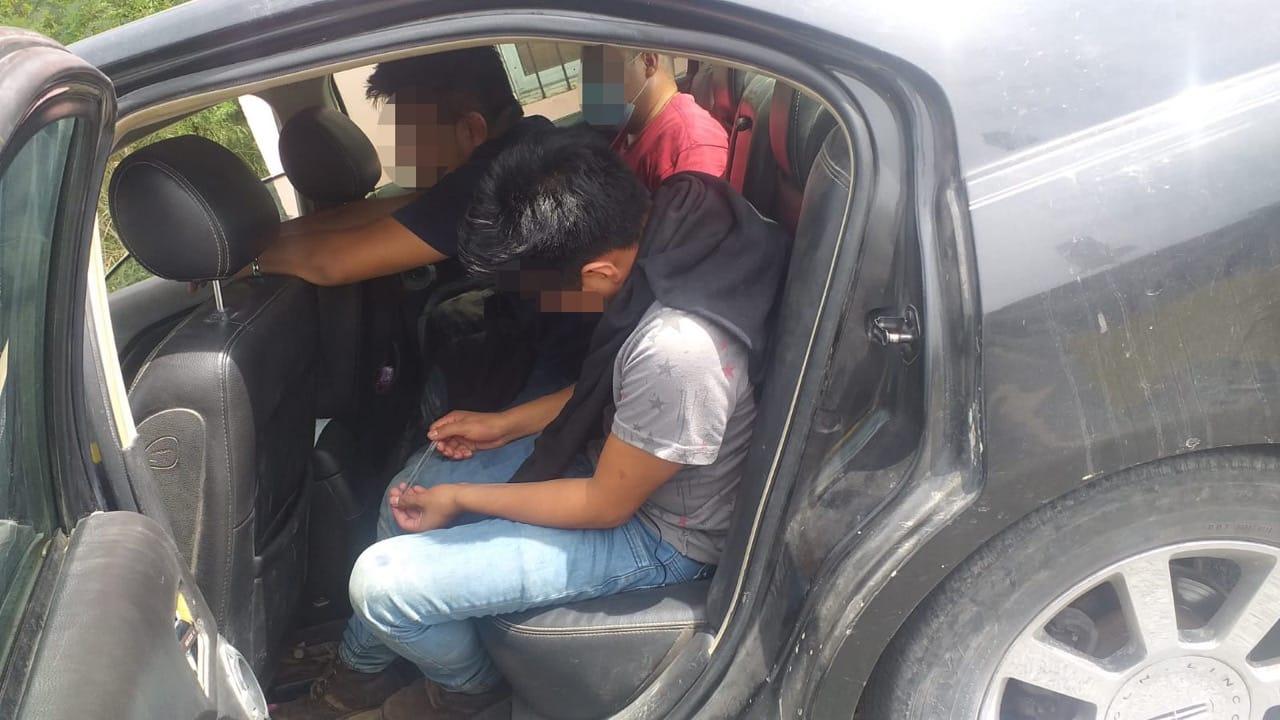 Policía en Reynosa rescata a migrantes