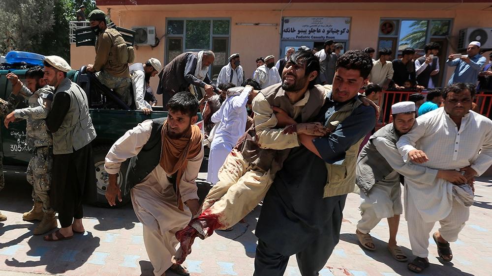 Estados Unidos ataca con un dron al presunto planificador del atentado que mató al menos a 170 personas el jueves en el aeropuerto de Kabul.