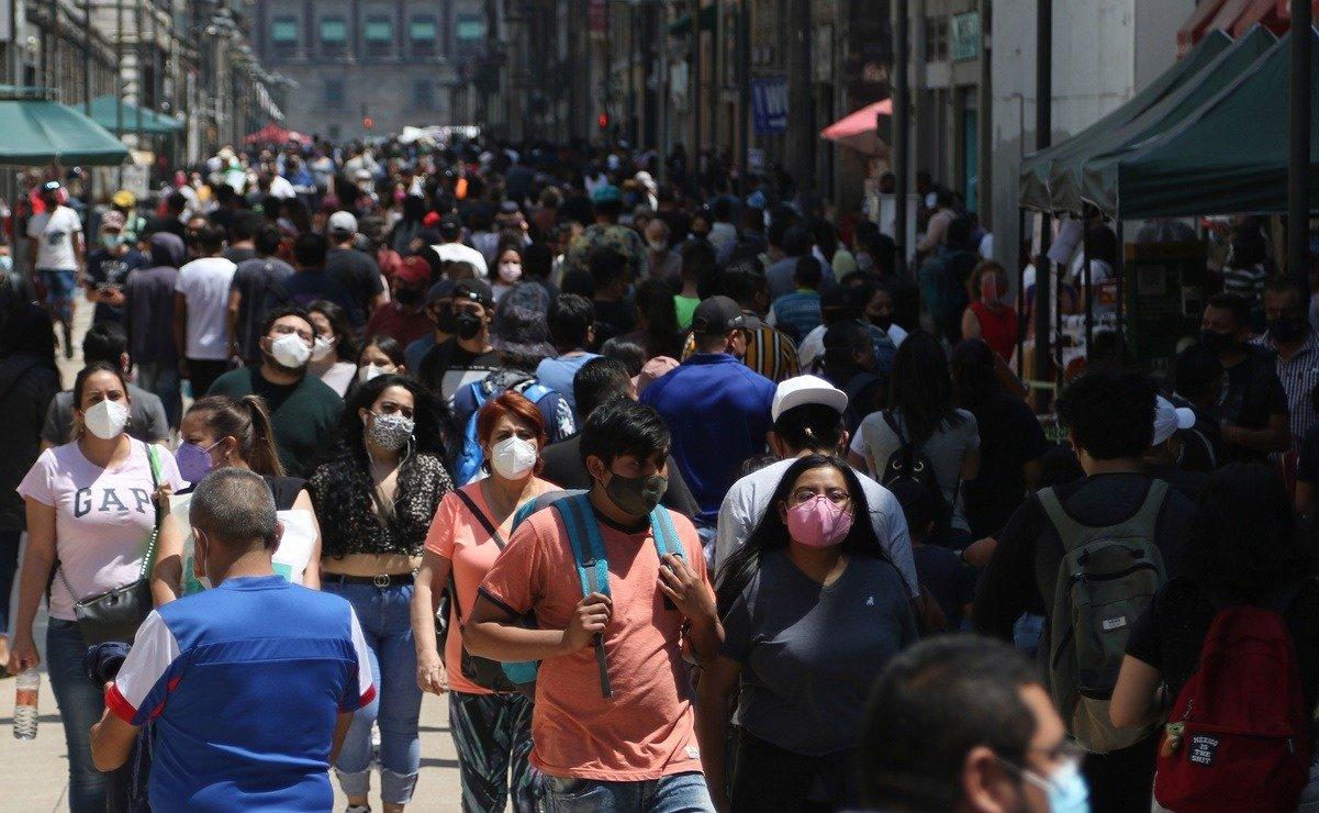 Este sábado la SSA reportó 17 mil 546 nuevos contagios por COVID-19 en México. También se informaron de 756 nuevos decesos.