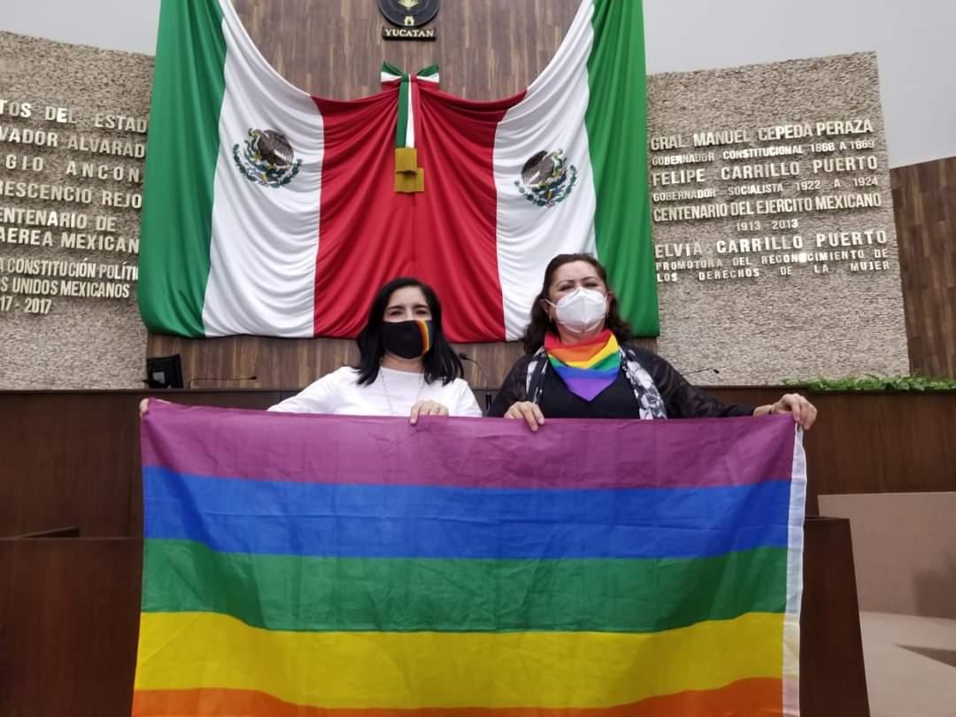 Tras el asesinato sin resolver de José Ravelo, aprueban el matrimonio igualitario en Yucatán. Esta fue la tercer vez que se somete a votación