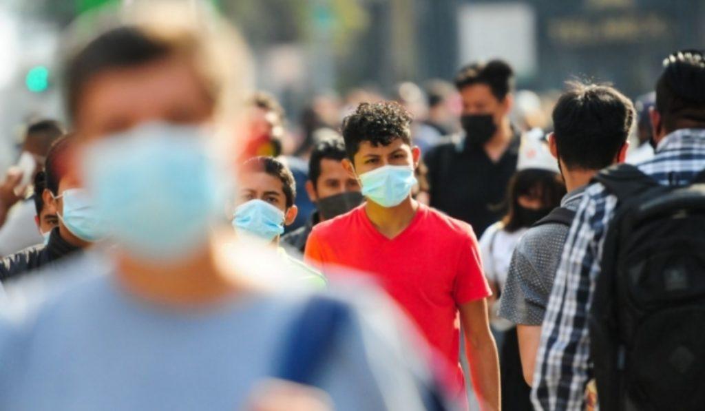 Este lunes 30 de agosto, la Secretaría de Salud reportó 5 mil 564 contagios en México por COVID-19. También se informó de 326 decesos.