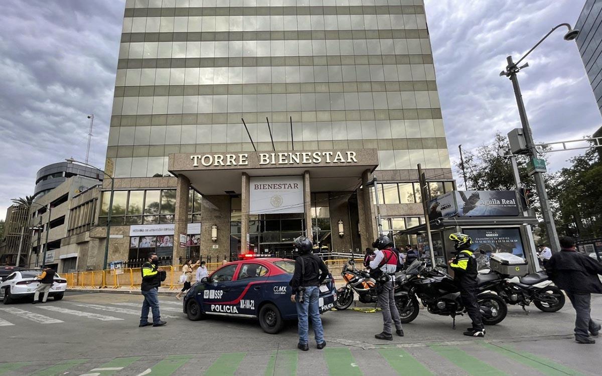 Evacuaron Torre Bienestar por amenaza de bomba