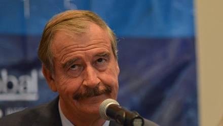 El ex presidente Vicente Fox aseguró que si AMLO no tiene nada que temer, entonces podría salir a caminar algunas cuadras sin una escolta.