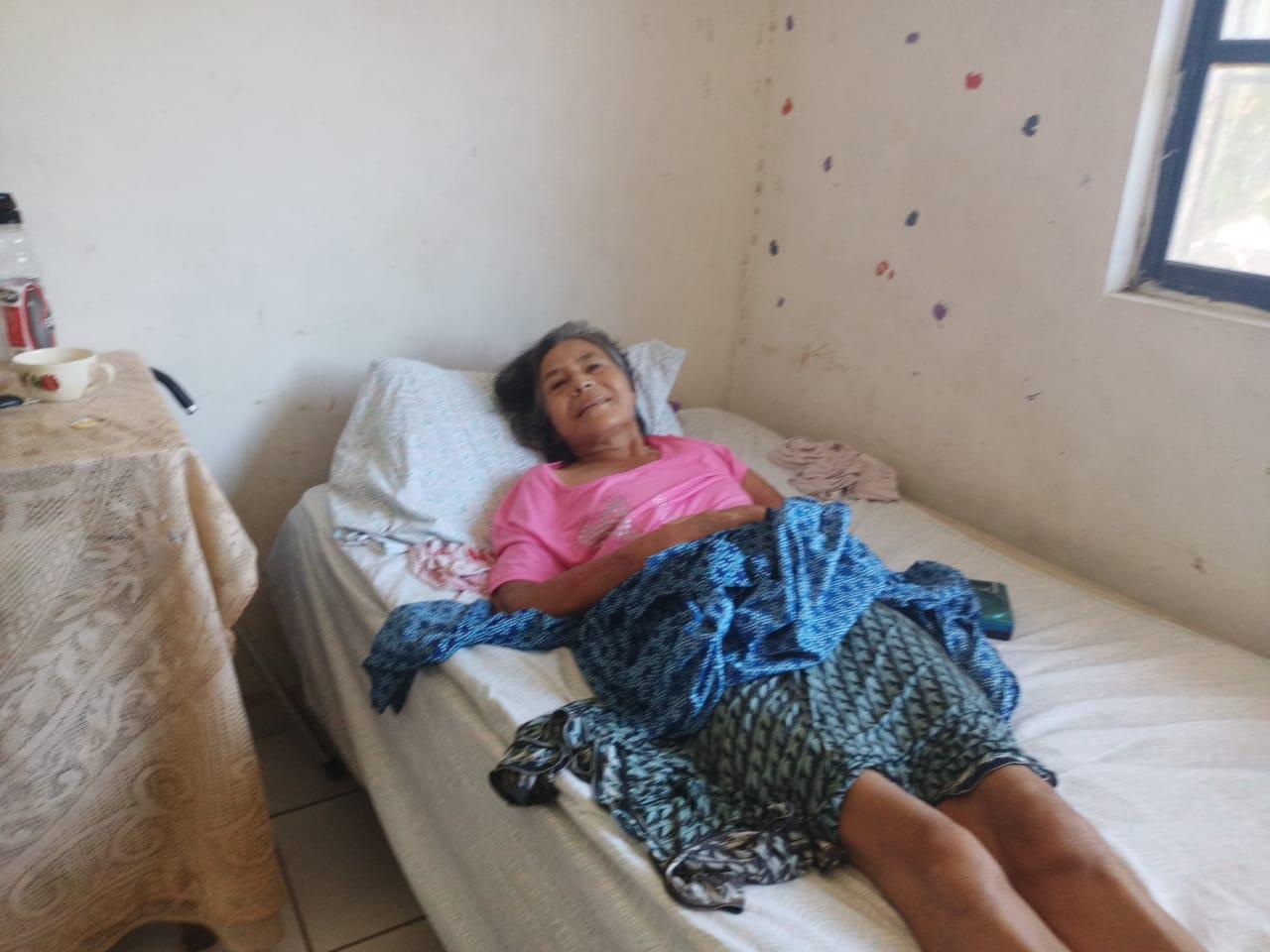Luz María una abuelita
